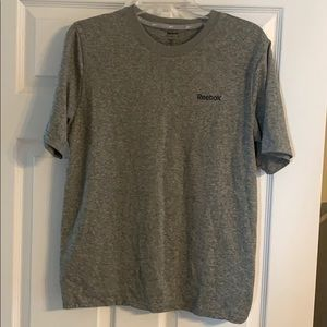 Reebok semi fitted workout tee